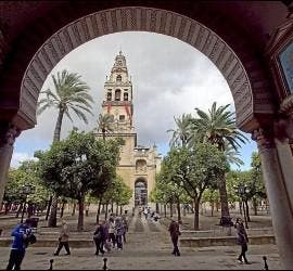 Vista desde el interior de la Mezquita de Córdoba