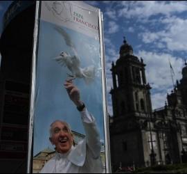 Cartel del Papa en Ciudad de México