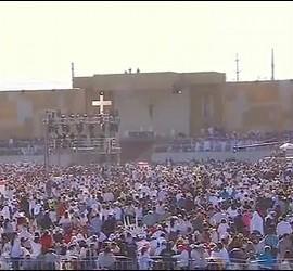 Decenas de miles de fieles en la misa de Ciudad Juárez