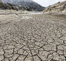 El maltrato a la tierra causará 100 millones de 'emigrados ecológicos'