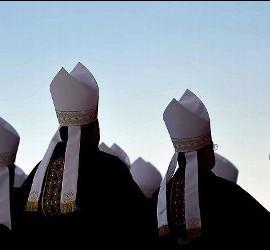 Obispos y pederastia
