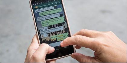 Mensajes en el móvil por Whatsapp.