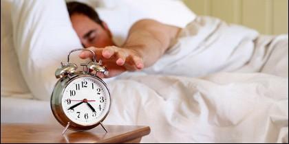 Dormir, madrugar, despertar, reloj, descanso.
