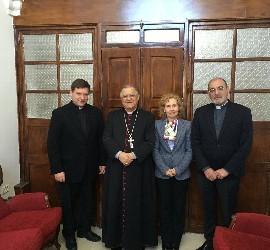 Encuentro de la rectora de la Upsa con el patriarca de Jerusalén