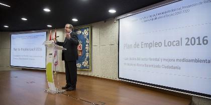 Juan Vicente Herrera en la presentación del nuevo Plan de Empleo