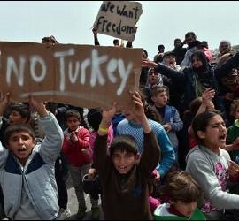 Refugiados no quieren volver a Turquía