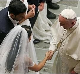 El Papa, y los matrimonios