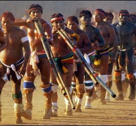 Indígenas de la Amazonía
