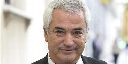 Luis Pineda (AUSBANC).