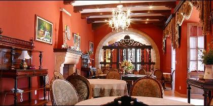Hotel parador Santa María la Real, Sucre.