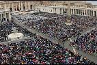 El Vaticano se llena por el año de la misericordia