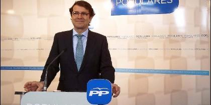 Alfonso Fernández Mañueco, secretario autonómico del PPCYL
