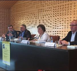 Vidal, Cristina y Delgado, con Llanos