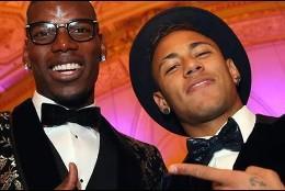 Neymar, de fiesta.
