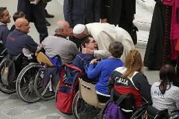 El Papa, con los atletas paralímpicos