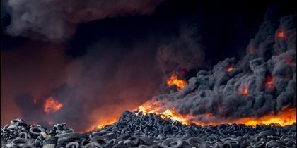 Incendio en el cementerio de neumáticos de Seseña.
