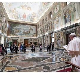 El Papa, con los embajadores