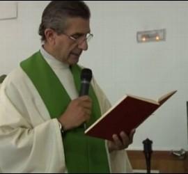 El Padre Román, líder del clan de los Romanones