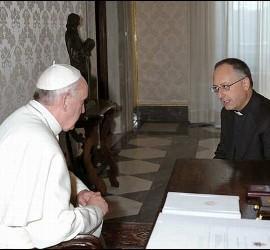 Antonio Spadaro, con el Papa Francisco