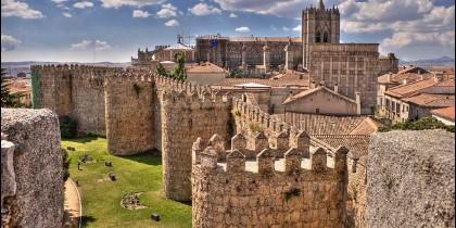 Panorámica de las murallas de Ávila