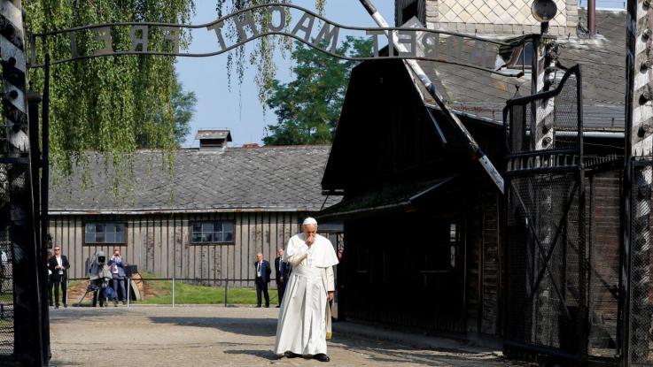 Dios En Auschwitz Mundo Religi N Digital
