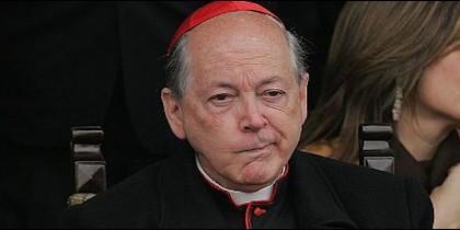 Invita a la toma de posesión del nuevo arzobispo, Carlos Castillo