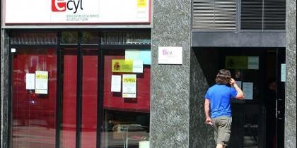 Los datos de desempleo arrojan una cifra de casi 4.000 parados menos en la Comunidad