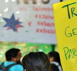 Argentinos piden trabajo digno