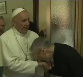 El Papa con los sacerdotes ancianos de Roma