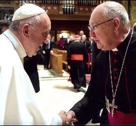Kevin Farrell, con el Papa Francisco