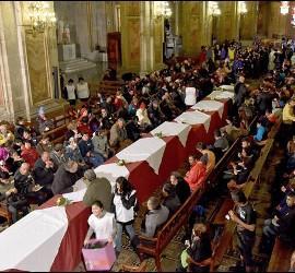 Comedor en la catedral de Santiago de Chile