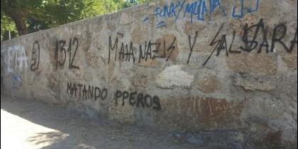 Muro en el que aparecieron las pintadas denunciadas
