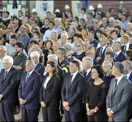 Mattarella y Renzi, en el multitudinario funeral