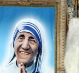 Madre Teresa ya es santa