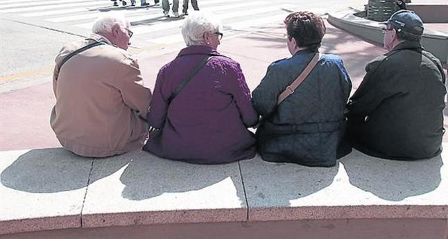 Vivir convivir y compartir con los mayores familia religi n digital - Compartir piso con personas mayores ...