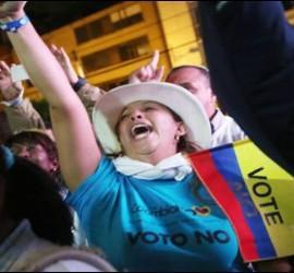 El 'No' al acuerdo de paz obtuvo alrededor de 60.000 votos más que la opción favorable al documento acordado por el gobierno colombiano y las FARC