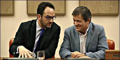 ntonio Hernando y Javier Fernández (PSOE).