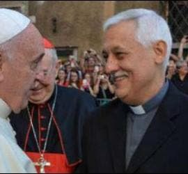 Arturo Sosa, con el Papa y Adolfo Nicolás