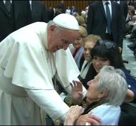 El Papa, con los ancianos