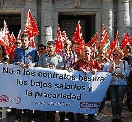 Manifestación por el trabajo decente en Huelva