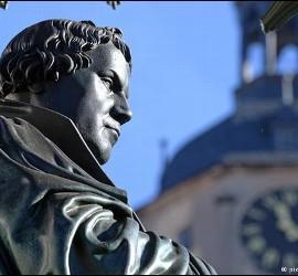 Estatua de Lutero en Wittemberg