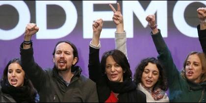 Pablo Iglesias y algunos de los dirigentes de Podemos.