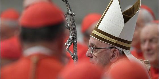 El Papa consagra 14 nuevos cardenales, entre ellos un mexicano