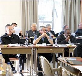 Obispos centroamericanos reunidos en Guatemala