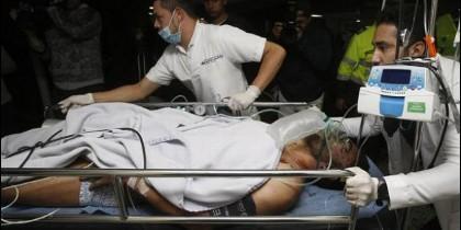 El primer superviviente atendido en el hospital de La Ceja, el futbolista Alan Ruschel .