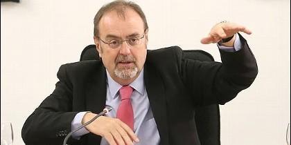 Fernando Rey, Consejero de educación en Castilla y León