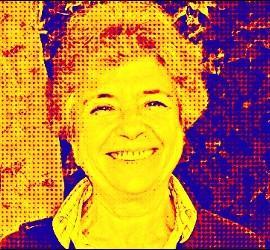 Dolores Aleixandre, columnista