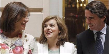 Ana Botella, Soraya Sáenz de Santamaría y José María Aznar (PP).