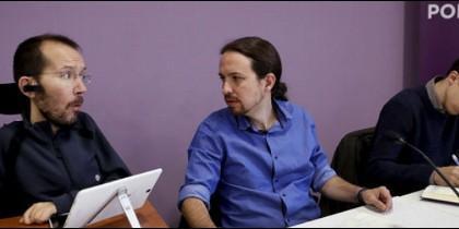 Pablo Echenique, Pablo Iglesias e Íñigo Errejón.