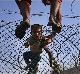 Refugiados y alambradas